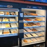 Photo taken at Dunkin Donuts by Glenn V. on 9/24/2017
