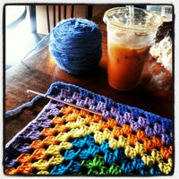 Photo taken at Electric Beanz Coffee Bar by margie v. on 5/31/2013