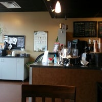 Photo taken at Electric Beanz Coffee Bar by margie v. on 12/5/2012