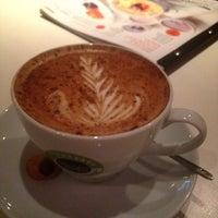 Снимок сделан в Чашка кофе пользователем Оленька 10/5/2012