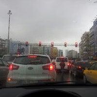 รูปภาพถ่ายที่ Mecidiyeköy Meydanı โดย Mervess เมื่อ 2/28/2013