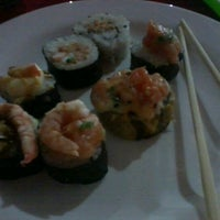 Photo taken at Oriental Sushi by Rômulo M. on 1/30/2013