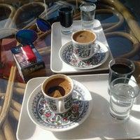 Photo prise au Gopark Cafe par Brgizem le10/9/2013