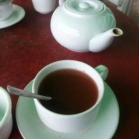 Photo taken at Cafe Nhật Nguyệt by Goh H. on 12/13/2012