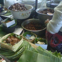 Photo taken at Gudeg Yu Djum by Putrii S. on 10/13/2012