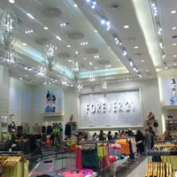 Photo taken at Forever 21 by Samantha A. on 5/25/2013