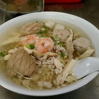 Photo taken at Vien Huong Restaurant by Walter K. on 2/19/2016