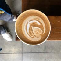 Photo prise au Blue Bottle Coffee Kiosk par Walter K. le10/11/2018