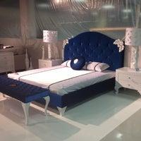 Снимок сделан в Мебельный центр «Круиз» пользователем JuliaS 12/18/2012