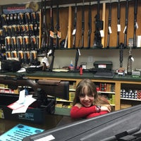 Photo taken at Nice Shot - Redding Indoor Shooting Range by Harald B. on 12/5/2014