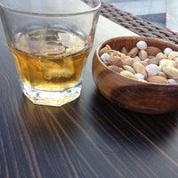 10/26/2012 tarihinde Kemal S.ziyaretçi tarafından Lotus Bar'de çekilen fotoğraf