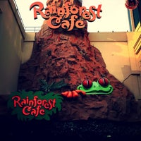 Photo taken at Rainforest Cafe by Rob M. on 5/19/2013