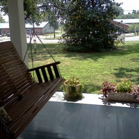 Photo taken at 458 West Bed & Breakfast by Pittsboro-Siler City Convention & Visitors Bureau on 8/19/2011