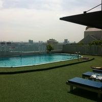 Photo taken at Bangkok Cha-da Hotel by Андрей on 10/22/2012