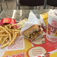 Photo taken at McDonald's by Ranyelly S. on 6/7/2015