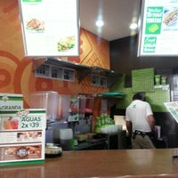 Photo taken at Super Salads by Muñe A. on 2/3/2014