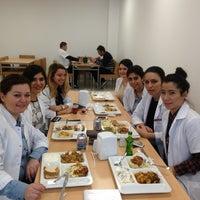 2/28/2013 tarihinde SΕNAziyaretçi tarafından YDU Tıp Yemekhane'de çekilen fotoğraf