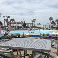Photo taken at Hilton Pensacola Beach by Leilani H. on 5/31/2013