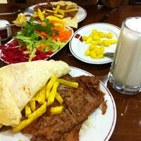 3/7/2013에 🔱ErDe〽🔱님이 Dönerci Celal Usta에서 찍은 사진