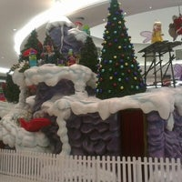 Photo taken at Jervis Shopping Centre by Damian S. on 11/14/2012