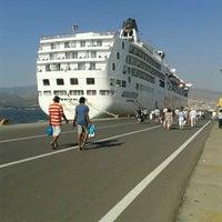 Photo taken at İzmir Limanı by Gülçin Ö. on 10/1/2012