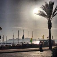 Foto tomada en Tolo's por Golfy B. el 10/20/2012