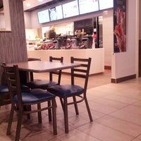 Photo taken at McDonald's by 🌴🌾JOSE🌾🌴 . on 5/9/2013