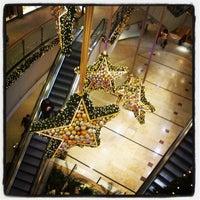 Das Foto wurde bei City-Arkaden von Zhenja am 11/27/2012 aufgenommen