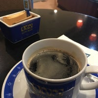 Photo taken at Coffee World by Young Hyo S. on 3/5/2017