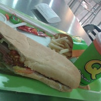 Photo taken at Sandwich Qbano Centro Comercial Centenario by Diego G. on 3/31/2014