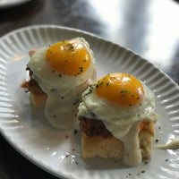 Foto scattata a Sassafras American Eatery da Meng O. il 4/8/2017