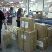Photo taken at Pejabat Pos Besar Seremban by Huzaifah A. on 12/28/2012