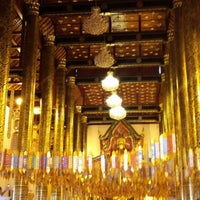 Photo taken at Wat Chedi Luang Varavihara by Ploypich C. on 12/30/2012