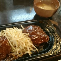 Photo taken at 町のステーキ屋さん 加真呂 錦糸町店 by Terusun on 12/5/2015