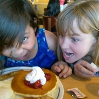Photo taken at IHOP by Miren G. on 2/24/2013