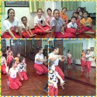 Photo taken at บ้านครูปุ๋ยรำไทย by Patcharin R. on 7/13/2014