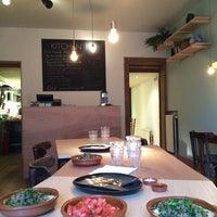 Photo prise au Kitchen 151 par Noga B. le6/27/2014