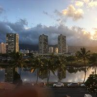 Photo taken at Coconut Waikiki Hotel by Nathalie E. on 8/30/2017