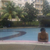 Photo taken at Oakleaf Park Swimming Pool by -SHaHRuL NaiM- on 8/28/2013