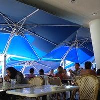 Foto scattata a The Front Porch Café da CalQulated il 5/9/2013