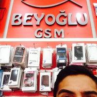 Photo taken at BEYOGLU GSM by Yunus Emre O. on 6/4/2014