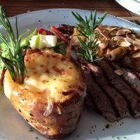 11/18/2012 tarihinde Cisel O.ziyaretçi tarafından Brasserie Polonez'de çekilen fotoğraf