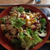 Photo taken at Pure Lunchbar by Ellyana D. on 10/15/2014