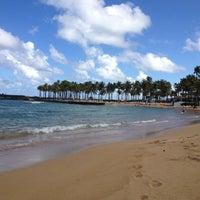 Снимок сделан в Escambron Beach пользователем Joe T. 12/20/2012