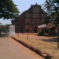 Photo taken at Basilica of Bom Jesus by Arti P. on 4/15/2013