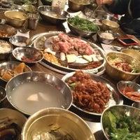 Foto tomada en Kang Ho Dong Baek Jeong por H.C. @. el 10/29/2012