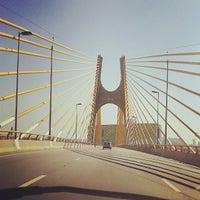Foto tirada no(a) Viaduto Cidade de Guarulhos por Junior M. em 6/5/2013