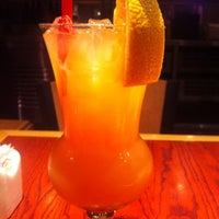 Photo taken at Red Robin Gourmet Burgers by Barbara W. on 9/21/2012