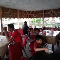 Photo taken at HOTEL MANGKUTO PAYAKUMBUH by Armas S. on 3/30/2013