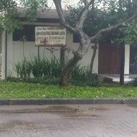 Photo taken at Fakultas Peternakan by Masdhuhaa D. on 12/6/2013